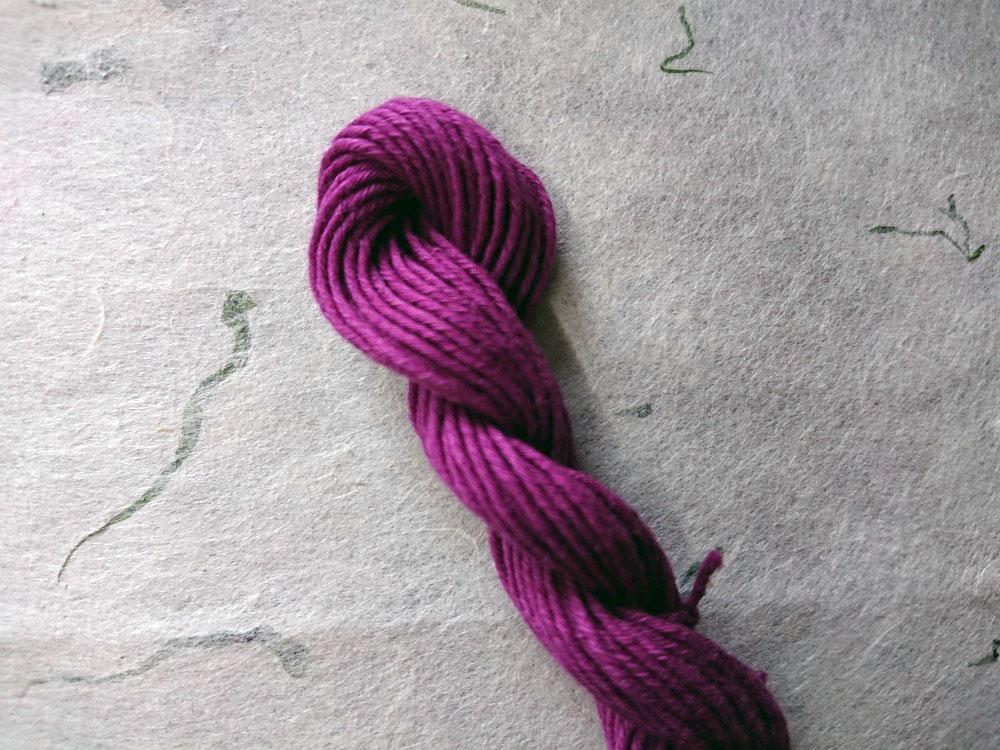 草木染 越後路 糸 紫色