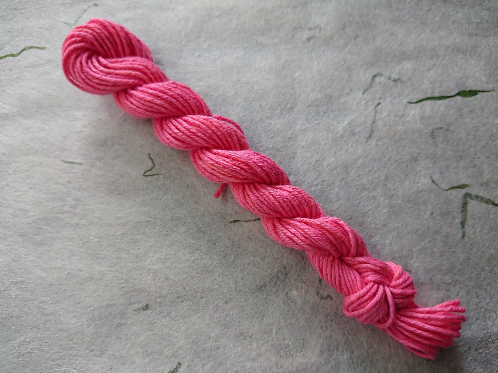 紅花 染 糸